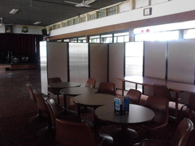 Partitions Screen in Hotels - Portable Partitions