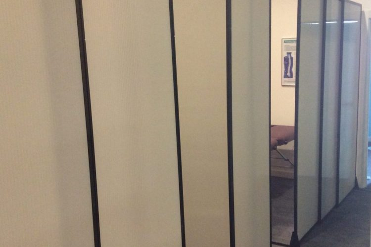 temporary sliding wall for small cubicle - Portable Partitions