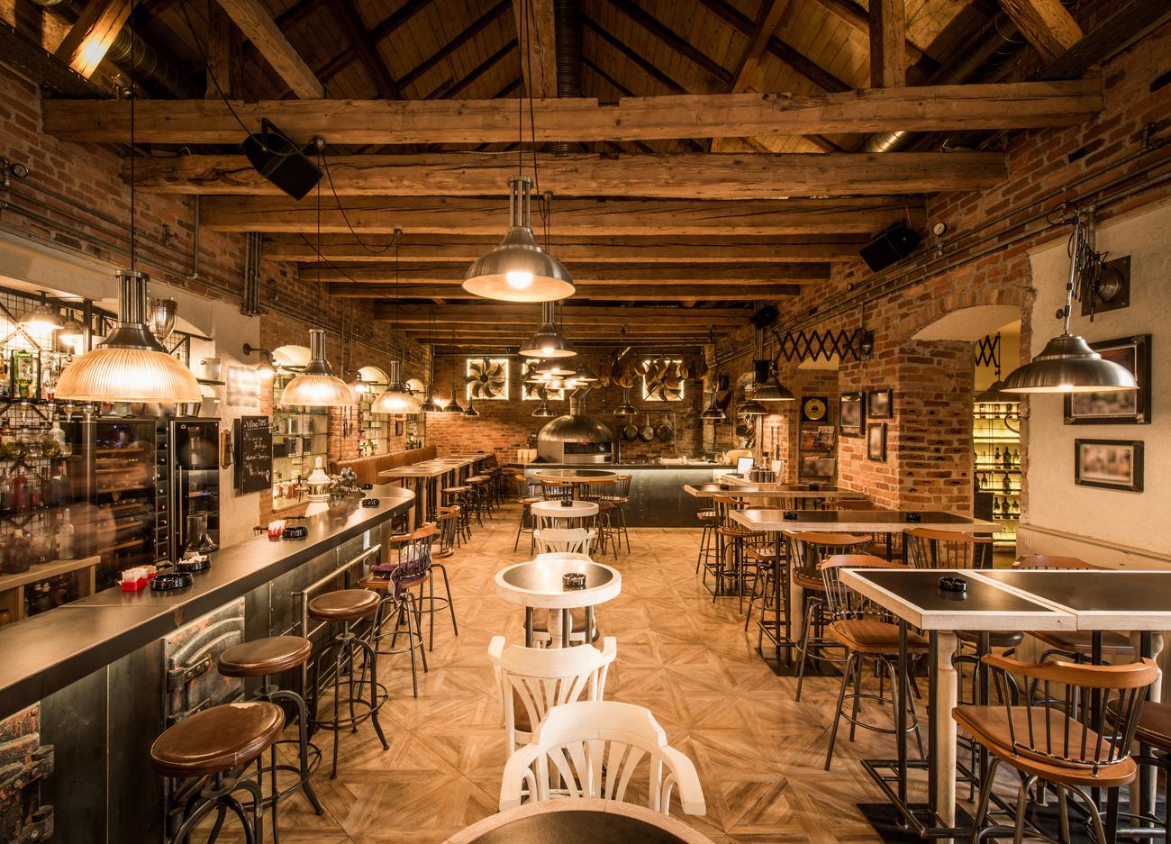 Restaurant Room Divider in Australia