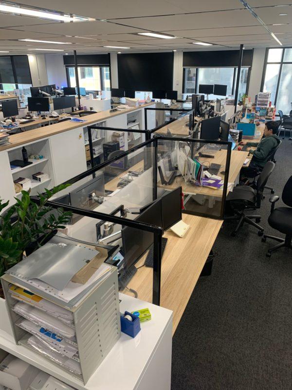 Desktop Office Sneeze Guards U Shape 1