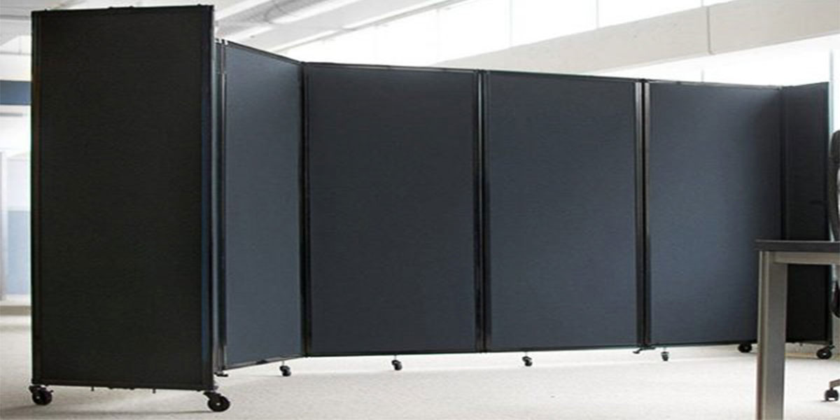 Folding office screens and partitions