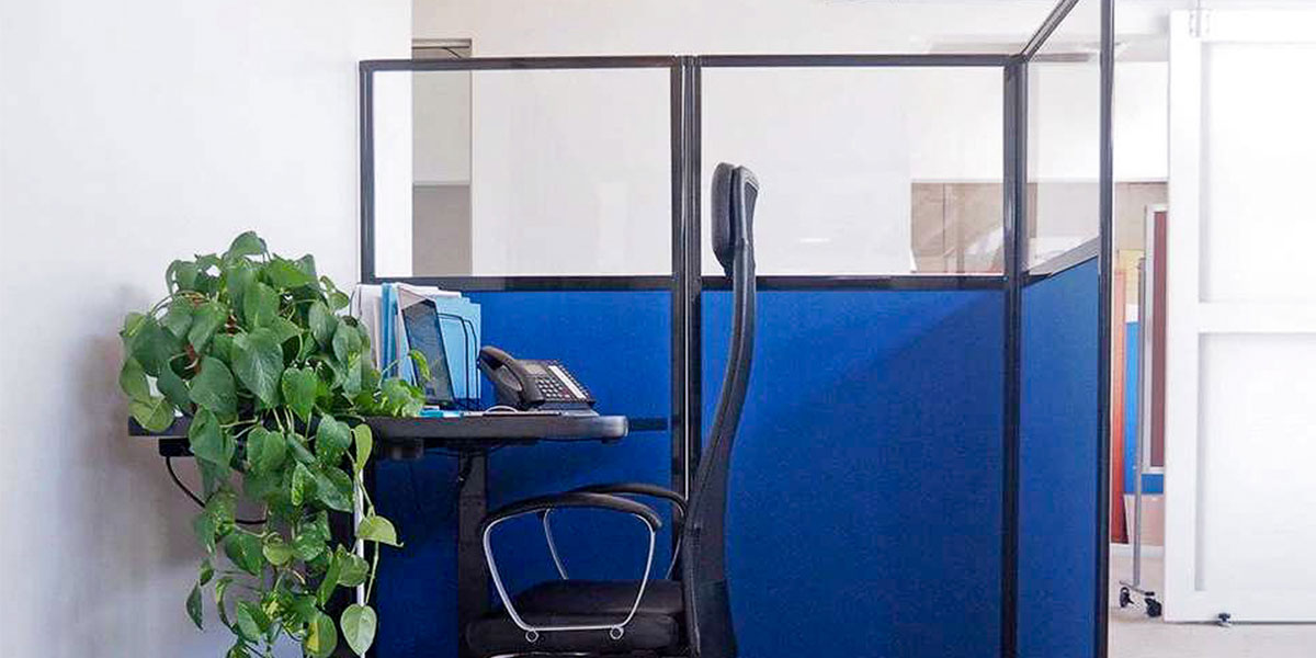 Folding office partitions can range from large, accordion walls and office dividers, right down to smaller acoustic screens.